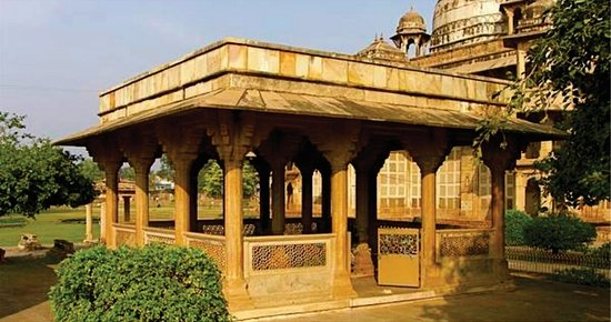 Gwalior, India: Tansen's Tomb