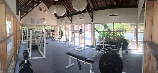 Kelapa Luxury Villas: I was just there for workout, but in my opinion the better gym (compared also to Gilifit) as it