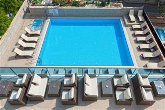 Kleopatra life pool