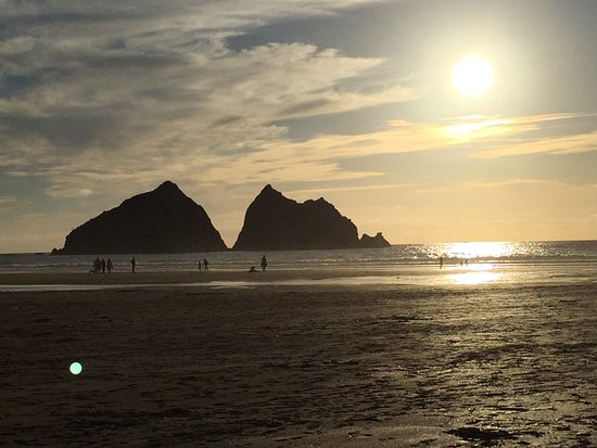 Parkdean - Holywell Bay Holiday Park: holywell beach