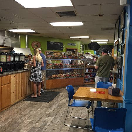 Surf Bagel And Deli : photo1.jpg