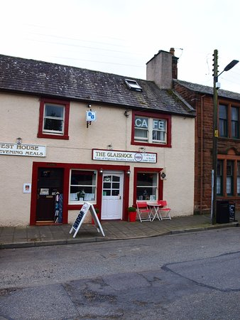 Wigtown, UK: This was the view of the cafe and we found the interior clean and plenty of room