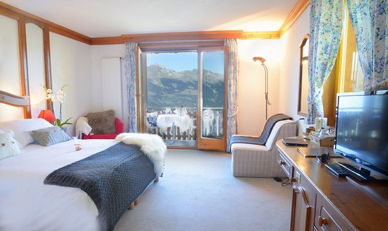 Chambre luxe - Picture of Hotel Chalet Royal, Veysonnaz - TripAdvisor