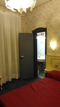 Hotel Diana: IMG_20160829_152526_large.jpg