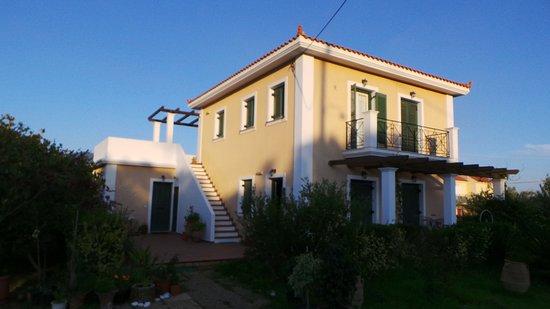 Villa Moschona Photo