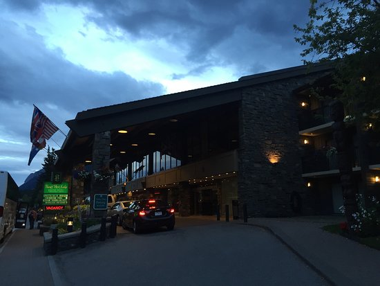 Banff Park Lodge Resort and Conference Centre: photo1.jpg
