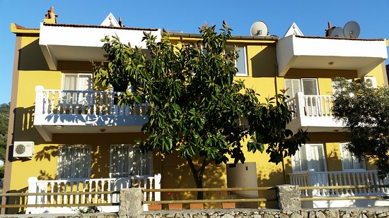 Gokmen Apartments