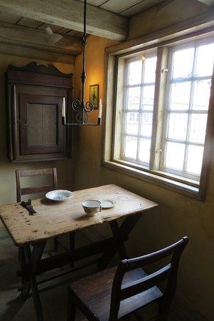 Hans Christian Andersen Museum: Petit coin à manger dans la maison d'Anderson