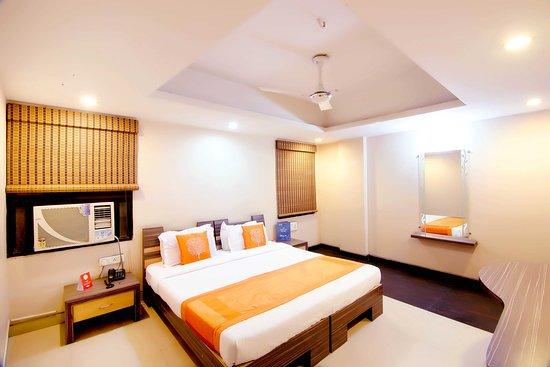OYO Rooms Jaistambh Chowk