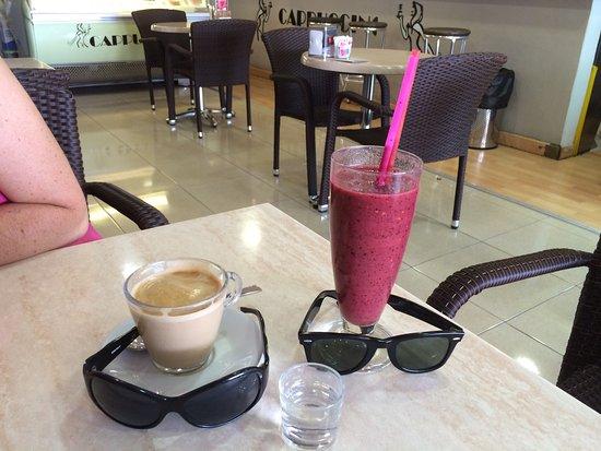 Cappuccino Grand Cafe: photo0.jpg