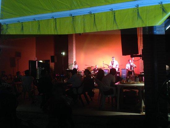 Trouillas, France: A summer evening concert at Domaine de la Perdrix