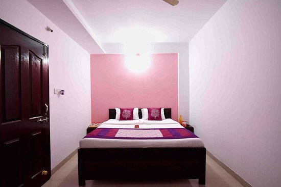 OYO Rooms Silicon City Behind IPS Academy