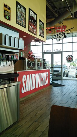 Sykesville, Μέριλαντ: Jimmy Johns' soda machine and counter