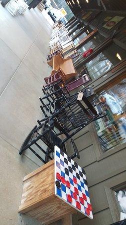 Dumfries, VA: 門廊的搖搖椅