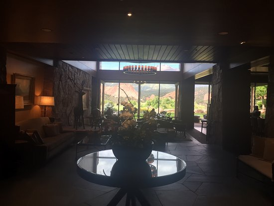 Garden of the Gods Club and Resort: Hotel lobby, views from pool and room!