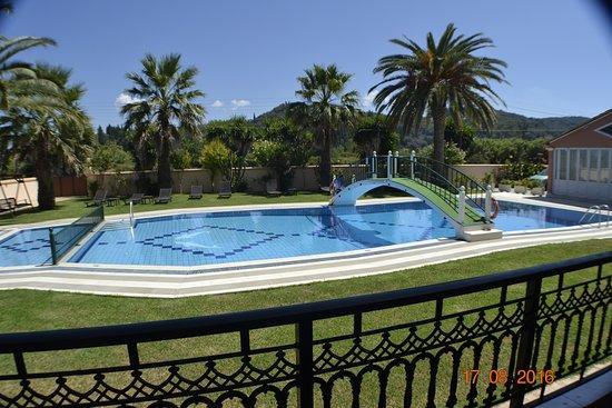 Dimitris Luxury Apartments