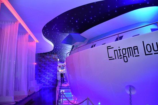 Enigma Club : Tem um Navio Enorme dentro na Balada