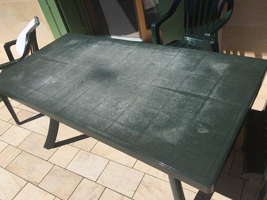 Green Village Resort: Garden table