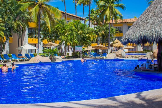 Plaza Pelicanos Club Beach Resort: Alberca climatizada