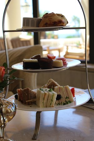 Elysium Hotel: Afternoon tea