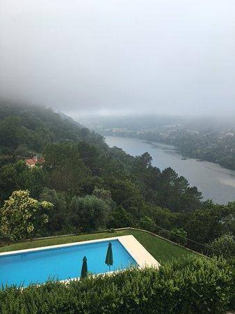 Espadanedo, Portugal: Early morning pool view