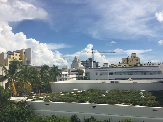 Nassau Suite Hotel: View from 306 looking south