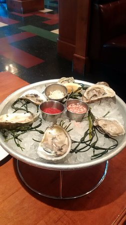 Kings Fish House: Oyster Sampler
