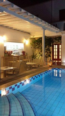 Domna Petinaros Apts Hotel Mykonos: 20160822_195434_large.jpg