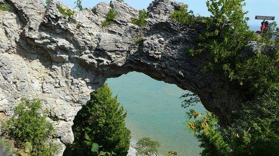 Arch Rock: 20160830_114919_large.jpg