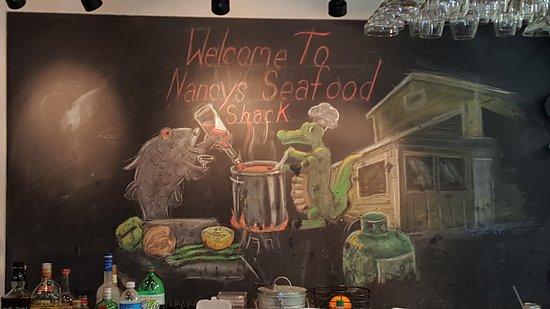 Nancy's Seafood Shack: Bar Wall