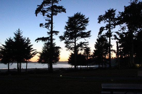 BEST WESTERN Tin Wis Resort: Sonnenuntergang von unserer Terasse aus