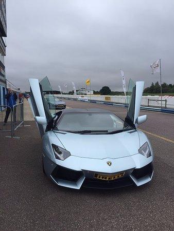 Thruxton Motorsport Centre: Lambourghini Aventador