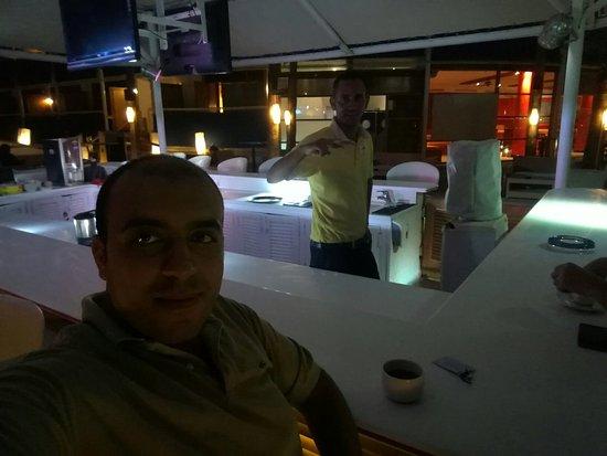 Lido Sharm Hotel: with Mr.Osama thrwat Best barman