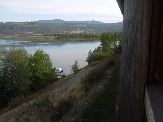 Harrison, ID: Trail of the Couer d' Alene passes right by