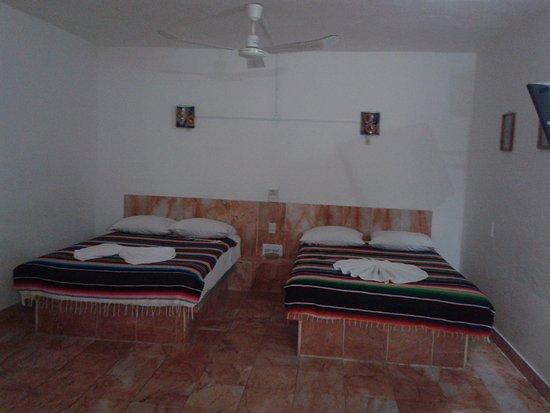 Hotel Las Olas: Interior de la Habitacion