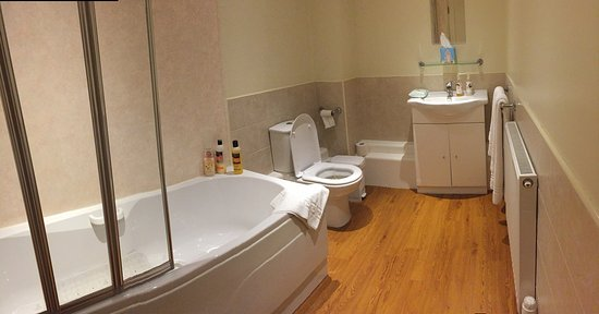 Manchester Hotels Wet Room