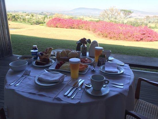 Porto Feliz, SP: Café da manhã private na varanda!