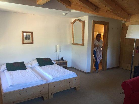 Schonried, Suiza: bequem und geräumig