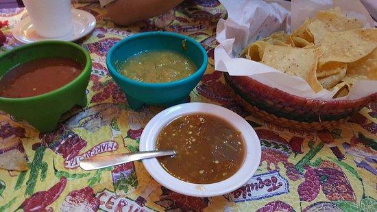 Manuel's Mexican Restaurant: 20160623_200735_large.jpg