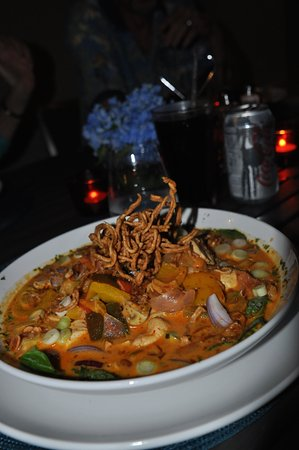 Thai chicken curry bowl- extremely wonderful!