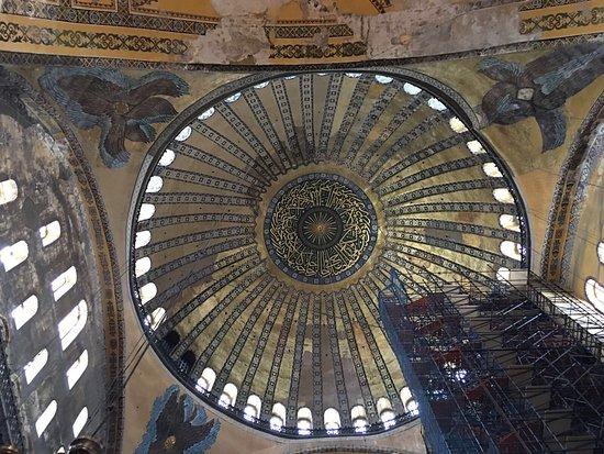 متحف/كنيسة آيا صوفيا (آيا صوفيا): Αγία Σοφία ...