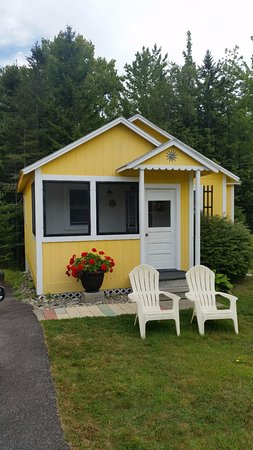 Sunnyside Motel & Cottages: Cute cottages!