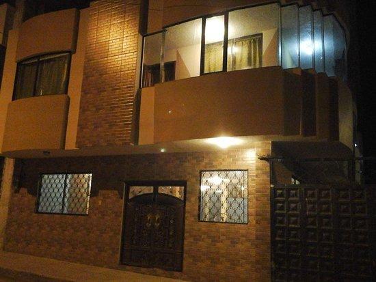 Hotel El Marques: Parte frontal