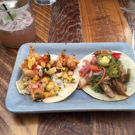 South Glastonbury, CT: Shrimp and carnesita asada