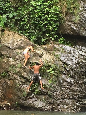 Adventures in Paradise Fiji: climbing Biausevu Waterfalls