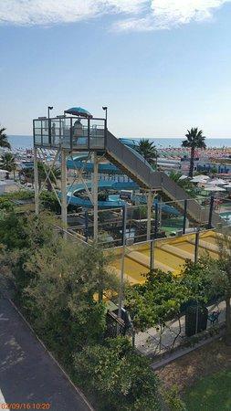 Hotel Carlton Beach: 20160902_102053_large.jpg