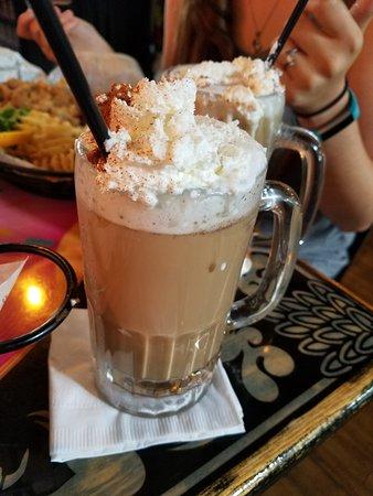 เคโนชา, วิสคอนซิน: Cinnamon Roll Latte