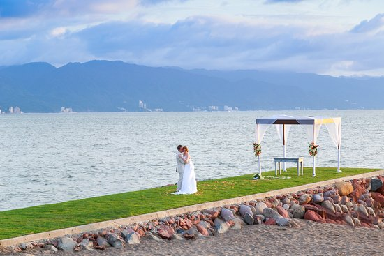 Melia Puerto Vallarta All Inclusive Ocean Front Wedding Ceremony Boda Fe Al Mar