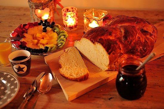 La Punt-Chamues-ch, Ελβετία: Alpine Breakfast