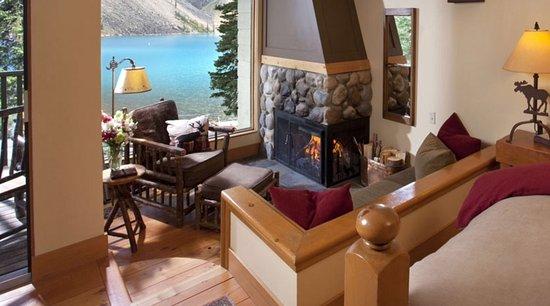 Moraine Lake Lodge: photo4.jpg
